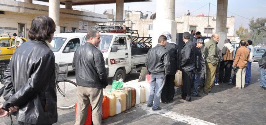 """""""نظام الأسد"""" يبدأ تطبيق أغرب قرار تشهده سوريا.. يتعلق بالبنزين"""