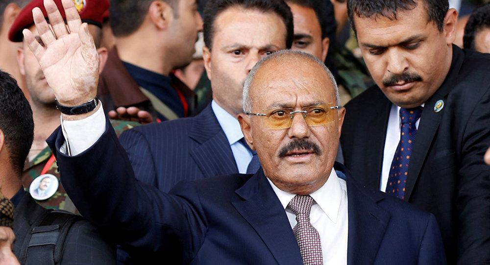 """محامي """"علي عبد الله صالح"""" يكشف تورط دولة خليجية في مقتله"""