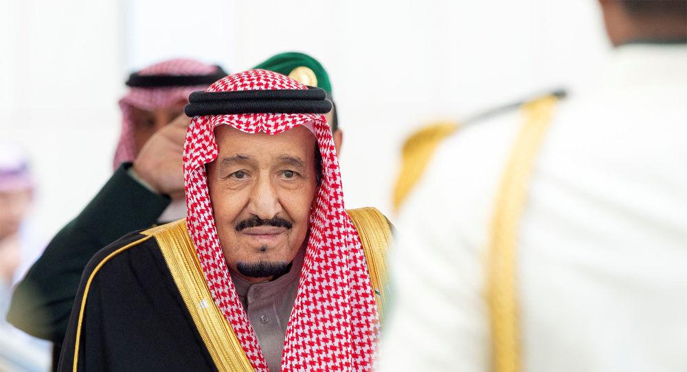 بعد أمير قطر... الملك سلمان يوجه رسالة خطية إلى السلطان قابوس
