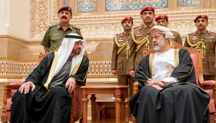 السلطان هيثم يقلب الطاولة على محمد بن زايد ويحبط مخطط خطير