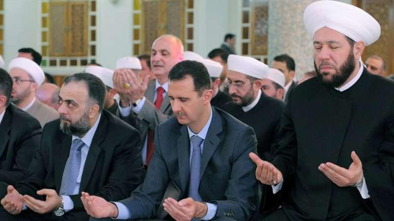 """هذا ما فعله """"بشار الأسد"""" مع مفتيه """"حسون""""!"""