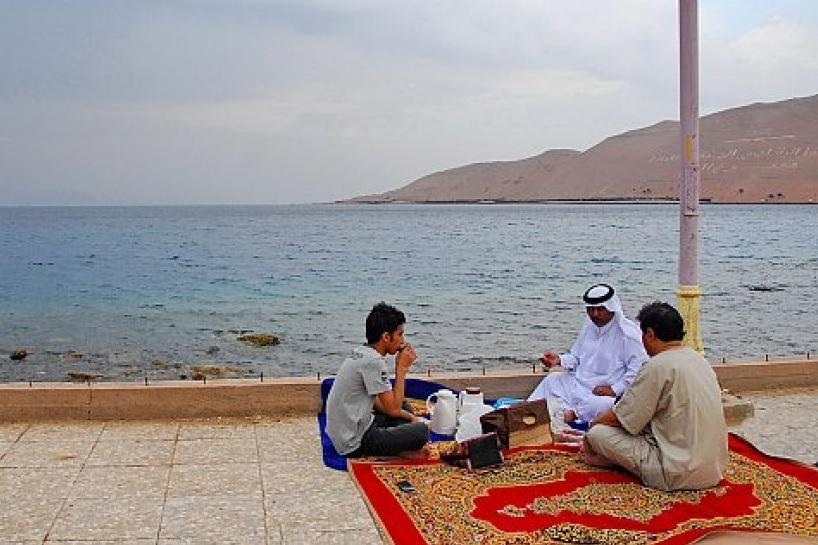 ليست السعودية أو الإمارات.. دولة خليجية تحتضن أكبر منتزه في العالم أجمع!