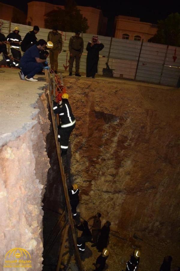 حفرة تبتلع سيارة بشكل مفاجئ في العاصمة السعودية الرياض