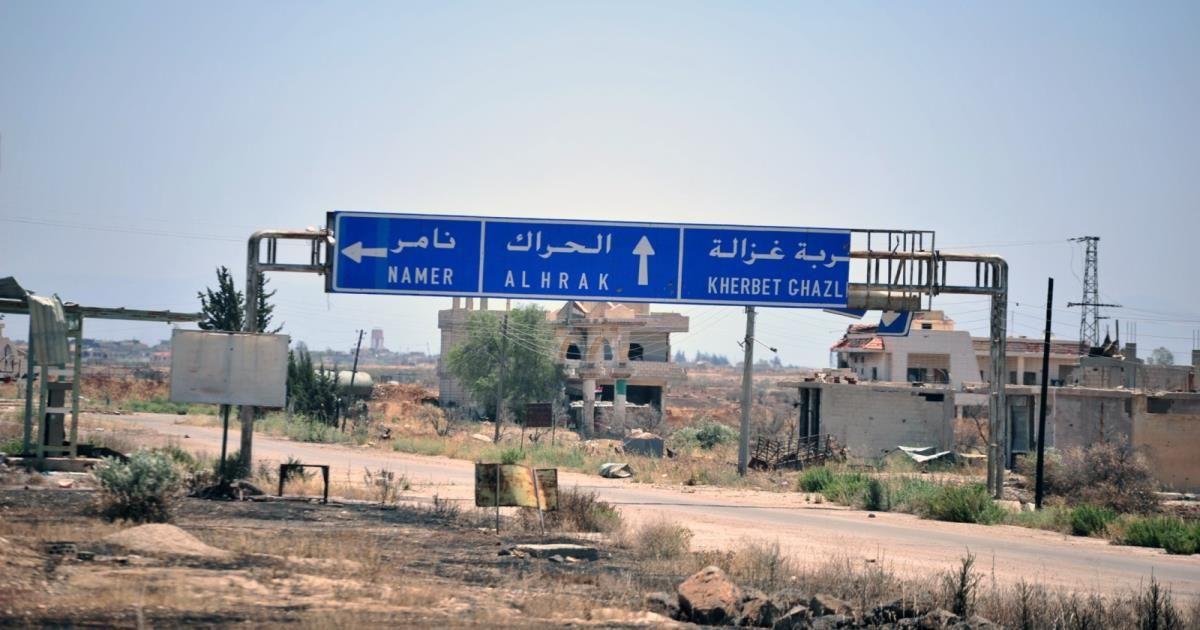 """بلدة جديدة في درعا تعلم مصير أبنائها المعتقلين بـ""""سجون الأسد"""" منذ 5 سنوات"""