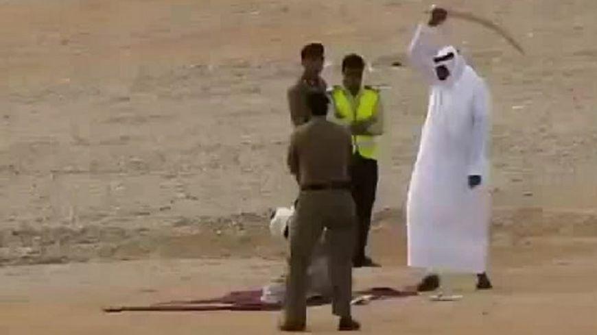 """بأمر ملكي.. قطع رقبة مواطن سوري بـ""""السيف"""" في السعودية"""