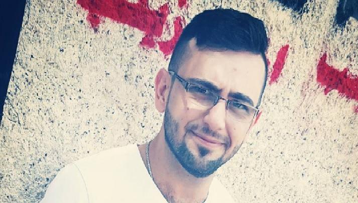 """بالصور.. وفاة عنصر بـ""""قوات الأسد"""" حرقًا بدمشق.. وعلاقة """"خاشقجي"""" بالحادثة"""