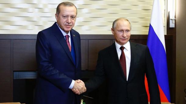 خلاف تركي روسي بشأن اتفاق إدلب.. وموسكو تلوح بعملية عسكرية