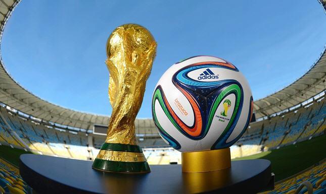 """تصريح إماراتي """"غريب"""" حول المشاركة في استضافة تنظيم مونديال 2022"""