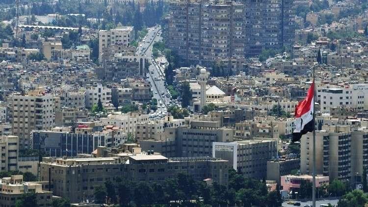 """بالصور.. """"جورب"""" يثير أزمة كبيرة لـ""""نظام الأسد"""" بدمشق"""