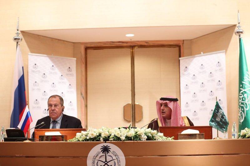 """""""الجبير"""" يعلن من روسيا موقف السعودية النهائي من فتح سفارتها في دمشق"""