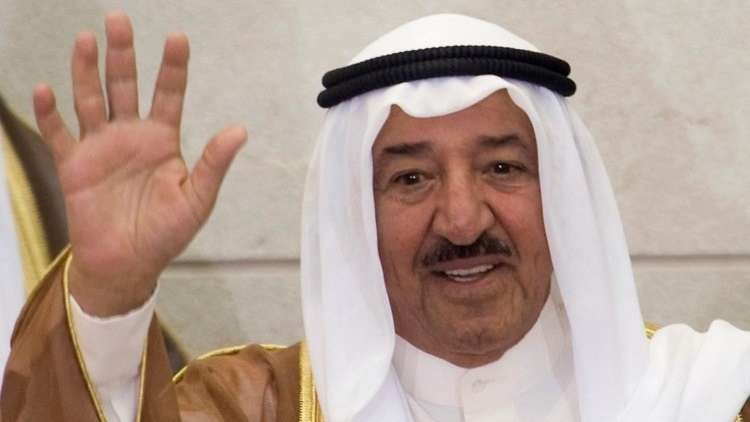 أمير الكويت في زيارة خارج البلاد.. وتضارب الأنباء حول السبب الحقيقي للزيارة!