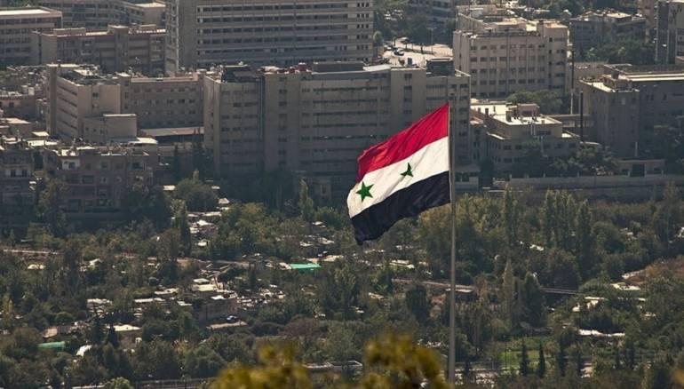 رجل أعمال خليجي يعد بالاستثمار في مناطق الأسد بمبالغ كبيرة