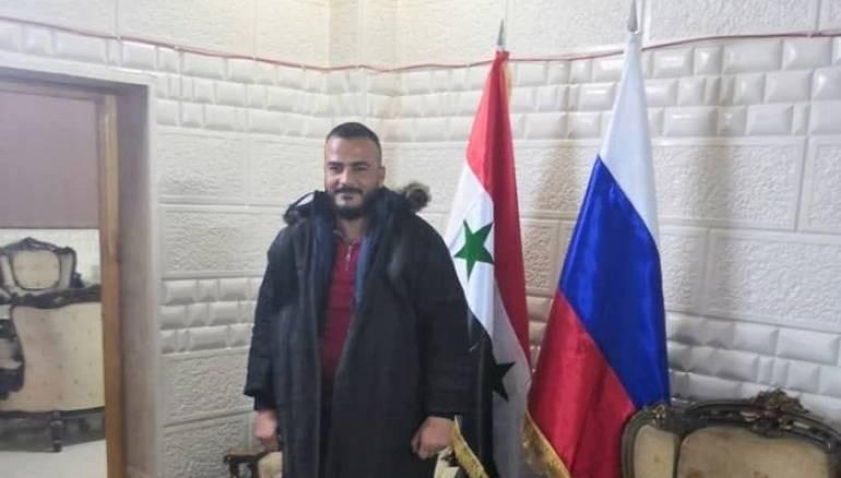 مفاجأة.. صاحب الفيديو المسرب مع الضباط الروس في ديرالزور شغل منصباً امنياً في تنظيم الدولة