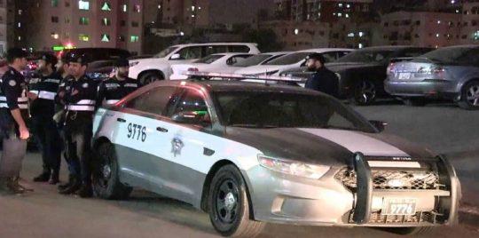 حادثة صادمة.. كويتي يمارس الجنس مع أجنبية في الشارع ومفاجأة بشأن ضبطهم