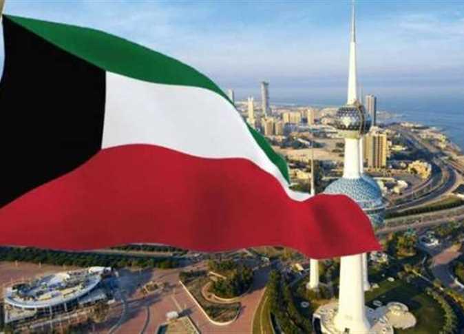 مسؤول كويتي يكشف مفاجأة بشأن نفاد المواد الغذائية في البلاد بسبب هجوم أرامكو