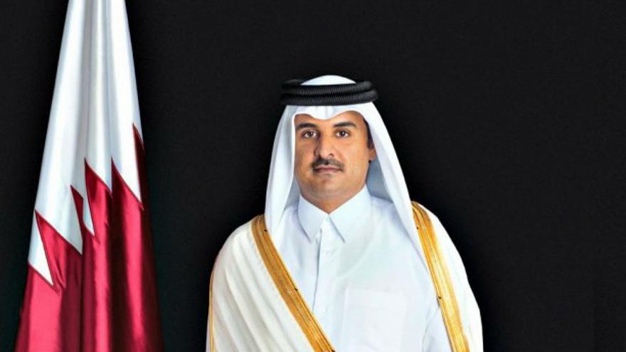 شاهد.. أمير قطر يدشن مشروعًا مهمًا لكل العرب (صور)