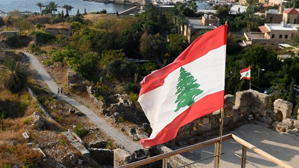 شبكة دعارة تنقل الفتيات من مناطق الأسد للعمل في لبنان برواتب مغرية