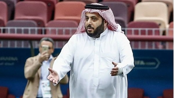 """""""تركي آل الشيخ"""" يصدم متابعيه بتراجعه عن قرار هام خاص بهم"""