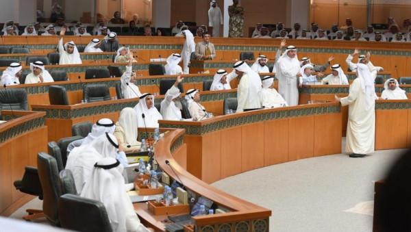 نائبة كويتية تتلقى تهديدات بالقتل بعد تصريحات مثيرة بشأن الوافدين