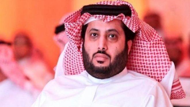 بعد الصدام مع تركي آل الشيخ.. السعودية تمنع إليسا من دخول أراضيها