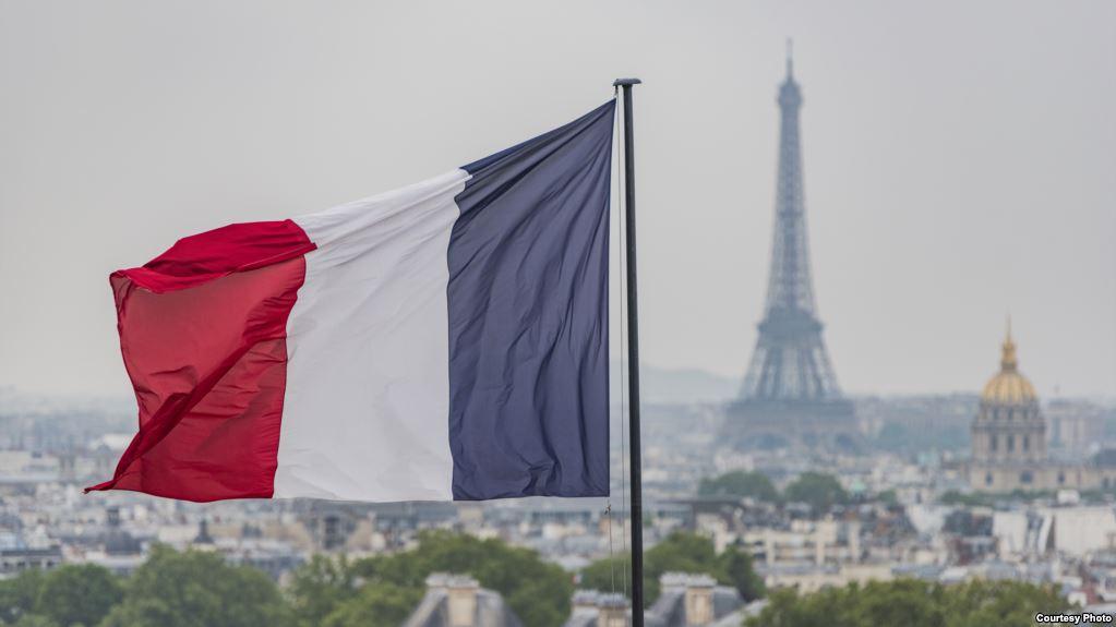 """فرنسا تحسم موقفها من إعادة فتح سفارتها لدي """"نظام الأسد"""" بدمشق"""