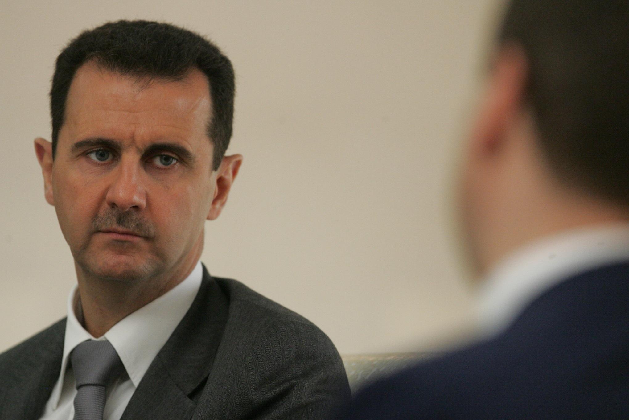 """حقيقة إصدار رئيس النظام بشار الأسد """"عفوًا عامًا"""" للمدنيين والعسكريين"""