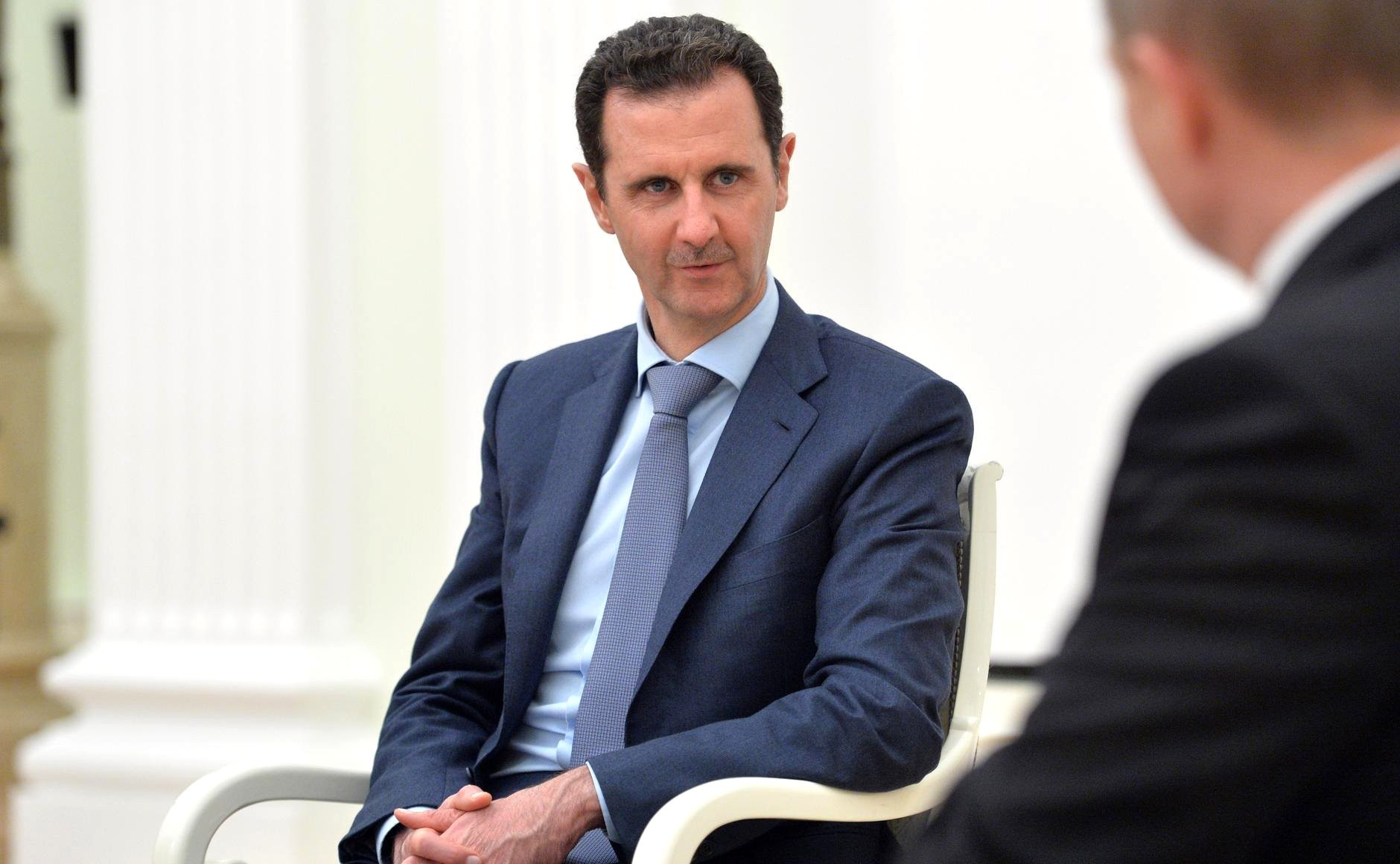 تقرير يكشف عن مخاوف بشار الأسد من لقاءات الروس مع العلويين المعارضين