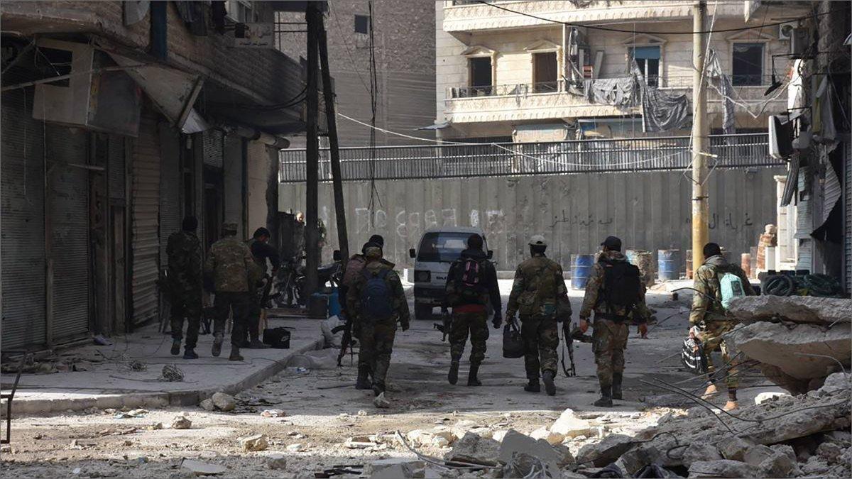"""حرب شوارع في حلب بين """"شبيحة الأسد"""".. قتلى ومصابين وذعر في المدينة"""