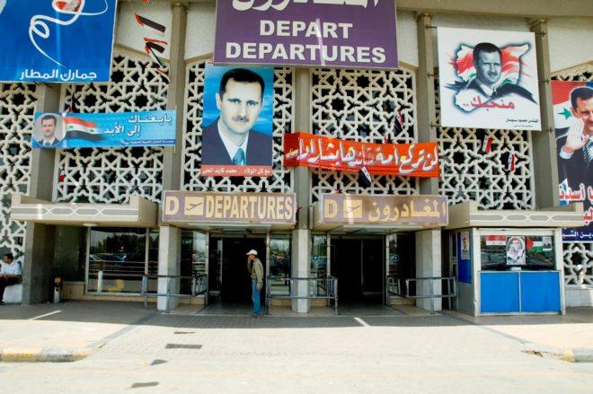 """غضب روسي من """"المخابرات الجوية"""".. وقرارت سرية بشأن مطار دمشق"""
