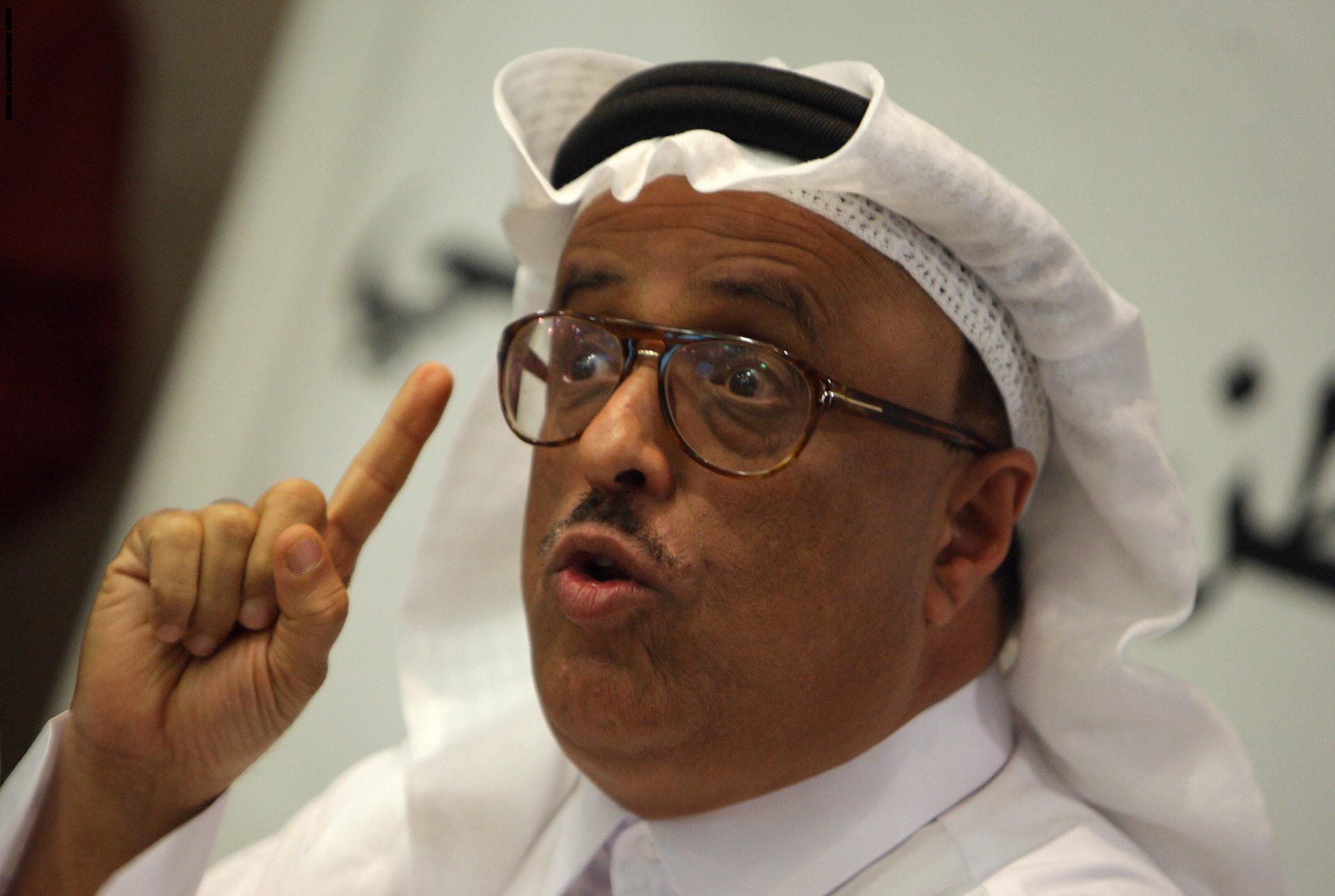 ضاحي خلفان يستغل حادث تفجير غامض ويطالب أقوى جيش عربي بضرب قطر