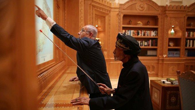 """سر الصورة المثيرة السلطان قابوس مع """"نتنياهو"""".. وحرب الخليج المنتظرة من وجهة نظر عمانية"""