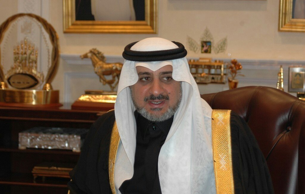 أمير سعودي يشعل تويتر بعد موقفه مع أتراك عالقين بالمملكة (فيديو)