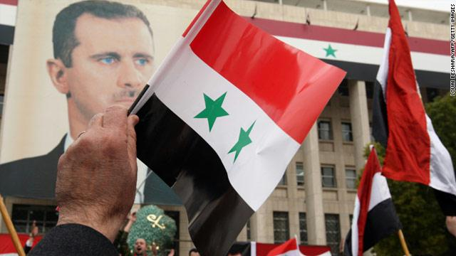 سلاف فواخرجي تدخل على خط الأزمة بين الممثلين وحكومة بشار الأسد.. وتتبنى موقفًا جديدًا