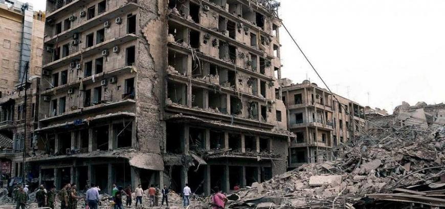 """""""نظام الأسد"""" يطرد عائلات من اللاذقية"""