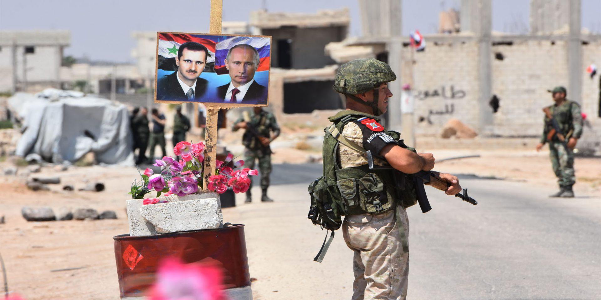 """قرار من رئيس حكومة """"نظام الأسد"""" بشأن الدخول والخروج من إدلب"""