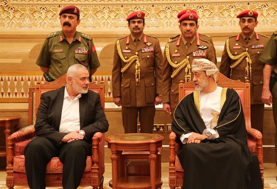 """بعد رفض محمد بن سلمان مصالحتها.. """"حماس"""" تكسر الحصار الخليجي"""