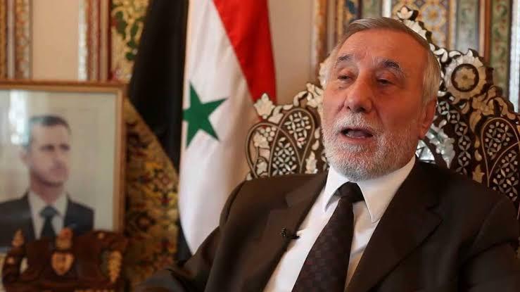 دريد الأسد يهاجم سفير النظام السابق في الأردن ويتهمه بالخيانة