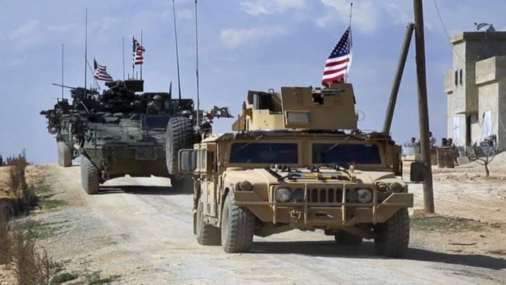 هجوم غير متوقع على القوات الأمريكية أثناء انسحابها من سوريا (فيديو)
