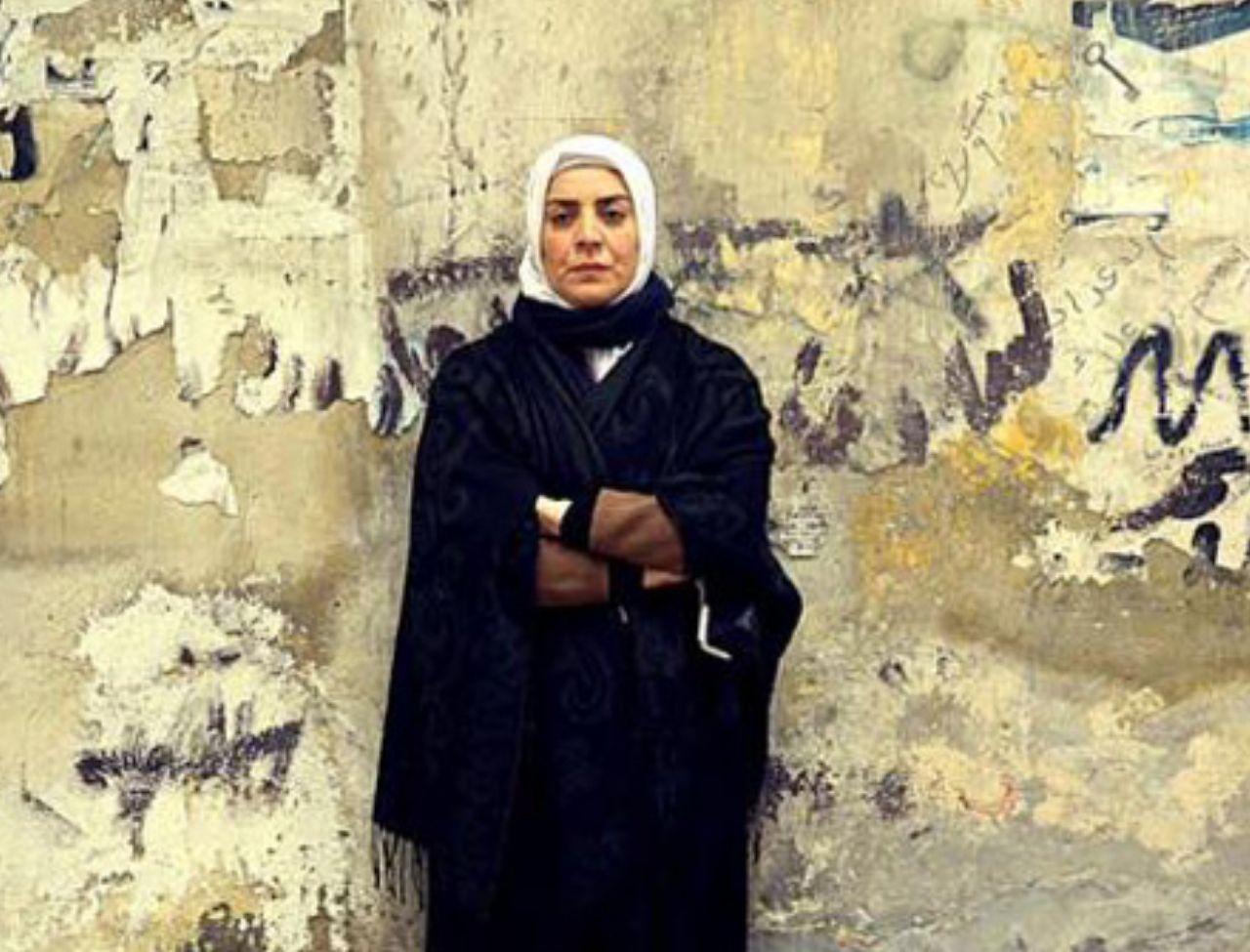 تعيش في مناطق سطيرة نظام الأسد.. ممثلة سورية موالية تفكر بالانتحار وتكشف الأسباب