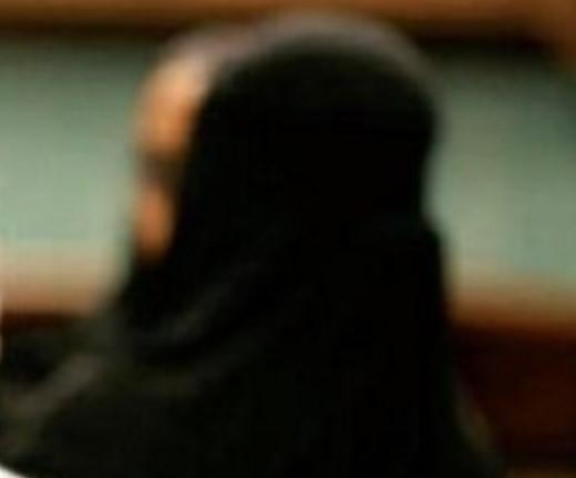 أفعال امرأة كويتية تجنن مواطنًا سعوديًا وتدفعه للسفر إليها.. والشرطة تتدخل قبل وقوع المحظور