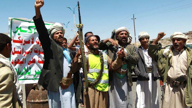 """""""الحوثي"""" يوجه رسالة إلى سلطنة عمان تثير غضبًا في السعودية والإمارات"""