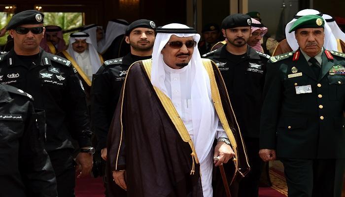 توجيه عاجل من الملك سلمان لوزارة الداخلية السعودية بشأن إعلامي سعودي زار إسرائيل
