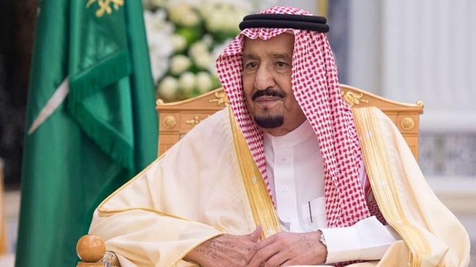 """تغريدة لـ""""الملك سلمان"""" على """"تويتر"""" تحظى بتفاعل يتجاوز الـ100 خلال ساعة فقط.. ماذا كتب؟"""
