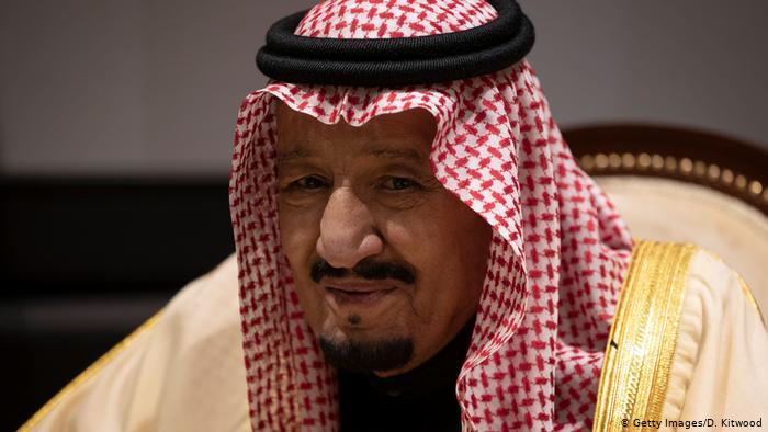 """لقاء مفاجئ بين """"الملك سلمان"""" وزعيم عربي ترك حلف المقاطعة الخليجية وصالح قطر"""