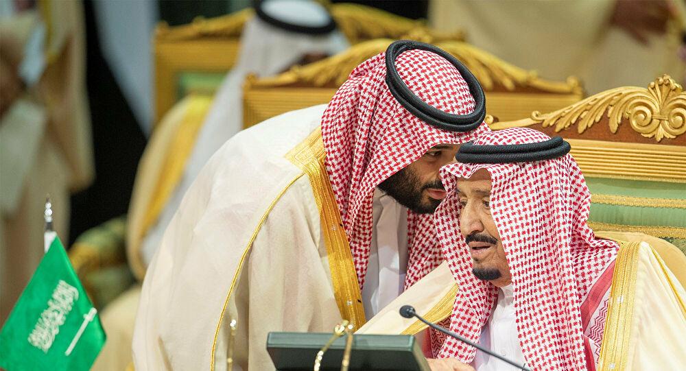 """""""وول ستريت جورنال"""" تكشف سرًا صادمًا عن انقلاب """"الملك سلمان"""" ومحمد بن سلمان على """"آل سعود"""""""