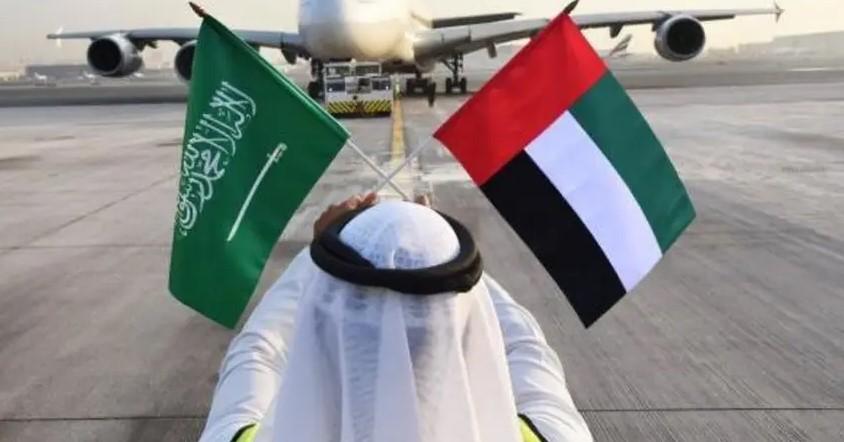 """بيان عاجل لـ""""الحكومة اليمنية"""" يكشف مفاجأة صادمة عن الإمارات ويضع السعودية أمام قرار صعب"""