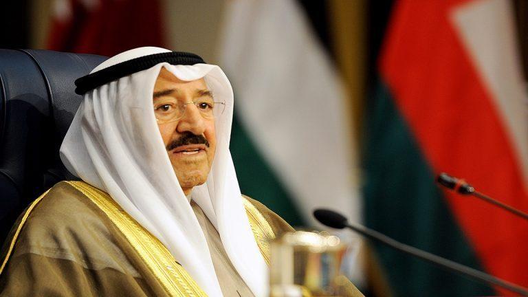 بعد حادثة خطيرة في قصره ورفع جاهزية الجيش.. رسالة من أمير الكويت إلى قادة الدول العربية