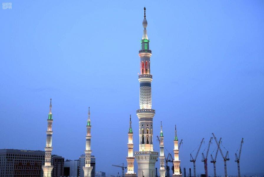 """لقطات صادمة قرب المسجد النبوي.. وسعودي يوثق ما يحدث: """"المدينة خربت"""" (فيديو)"""
