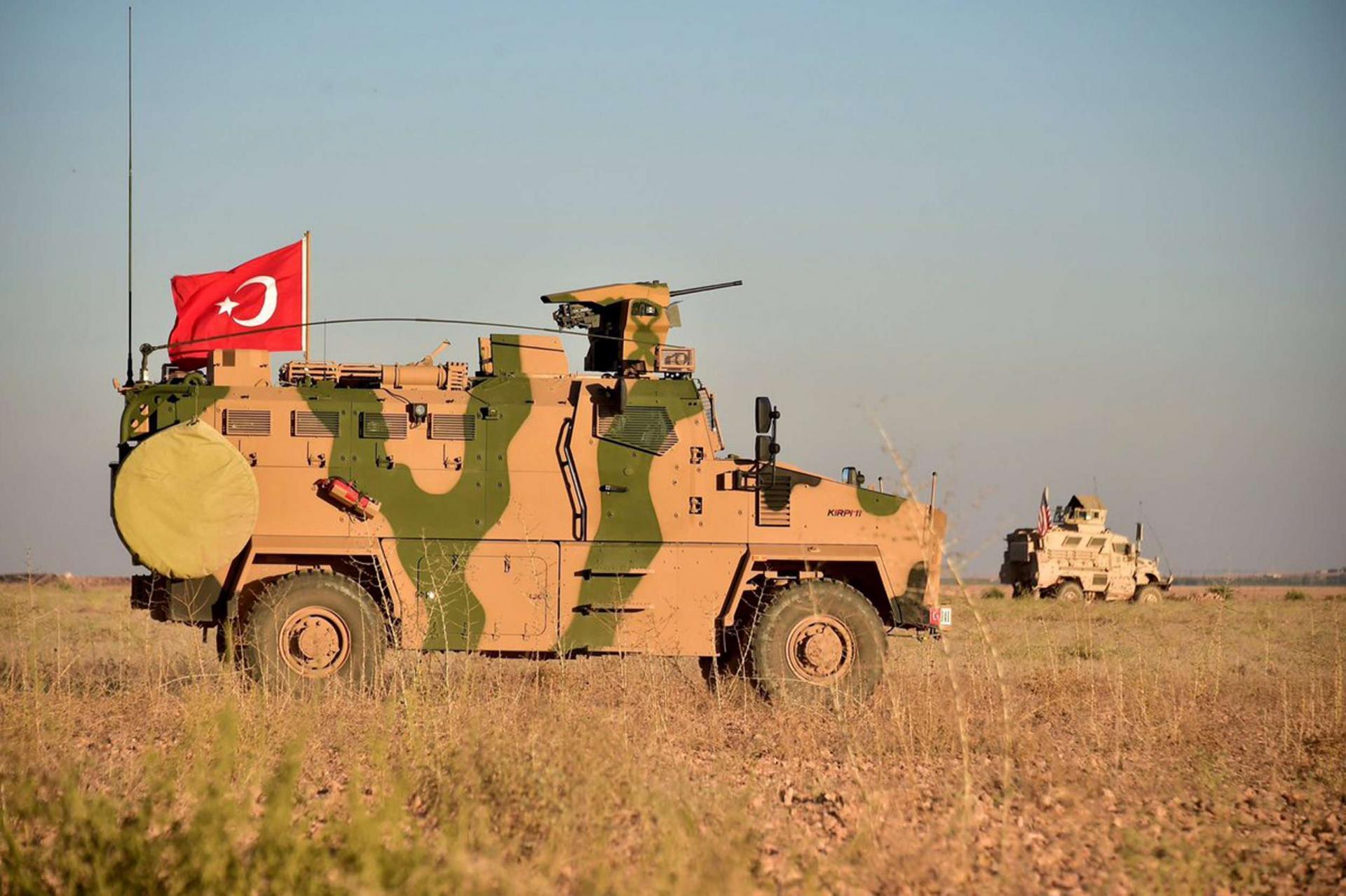 """عضو في """"برلمان الأسد"""": دور ميداني غير مسبوق لتركيا في معارك ريفي إدلب وحماة"""
