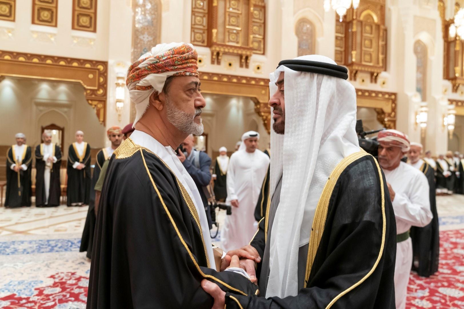 السلطان هيثم بن طارق ينسف خطط محمد بن زايد بشأن مسندم